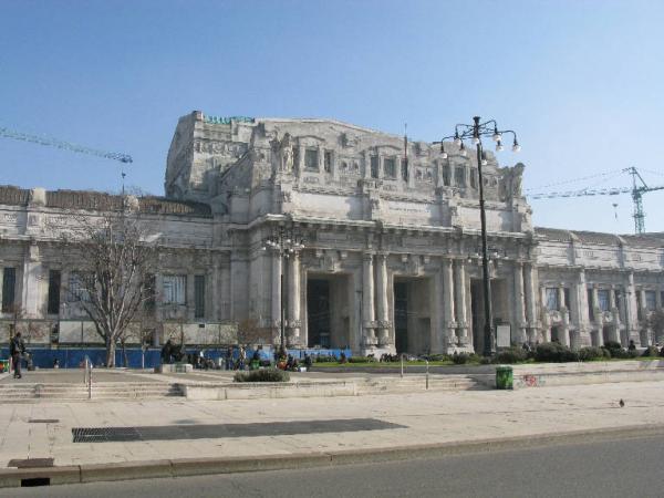 Sgomberi appartamenti Milano Stazione Centrale